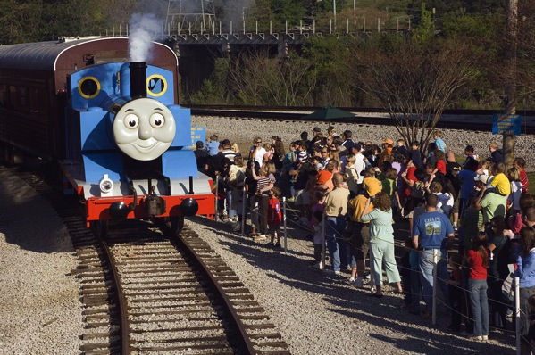 Thomas pulling into the station HIGH